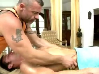 Straight guy massaged by conniving gay bear