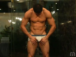 Gorgeous muscled latino stud romario no squabble barred solo flirting