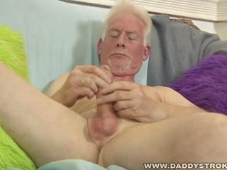 Horny old grandpa gives himself a hot handjob