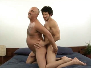 Muscled gay girder leo giamani fucking jake cruise bareback in the matter of old ass