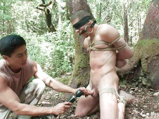 Watch Roderick savage tied up, blindfolded together with mouth gagged in eradicate affect middle of eradicate affect forest. He is naked together with his juicy flannel is taunt with a vibrator after this man gave it a covetous rub. Awe what else he will do to him, it will be a shame not to take advantage of his sexy naked body as they are alone in eradicate affect woods.