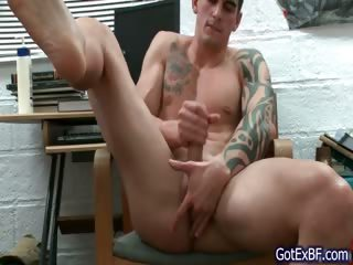 Amazing muscled together with tattoed hunk wanking