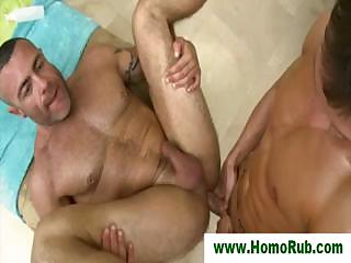 Straight guy fucks his masseuse