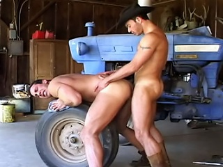 Muscle ranch ii...