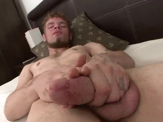 Nice beard out of reach of a dude that strokes and cums