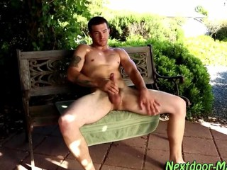 Gay muscle jock jacking off film