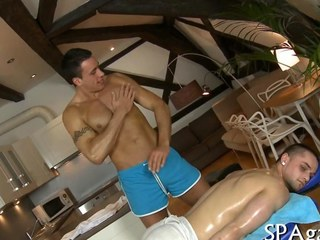 Hot well-pleased dude seduced by his masseur