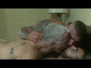 Paul Nick Mike crowning blow wm xlarge - Threesome(daddy)
