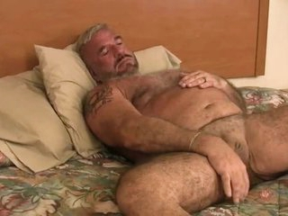 Daddy Felice Jerks Off His Cock