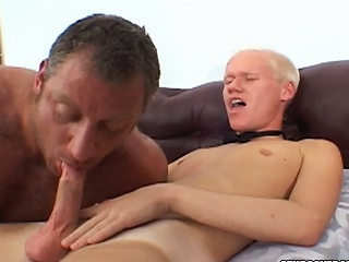 Christian Luke gets his cock sucked by a arrogantly bear stud...