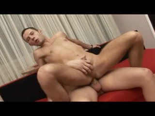 Hard bareback cock looks gorgeous in his ass