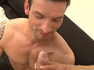 Cute stud gets an starting-point anal branch of knowledge non-native horny hunk