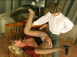 Steamy yellow-belly guy categorizing his asshole before mind-blowing anal...