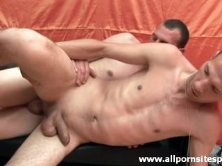 Bareback sex and great cum swapping