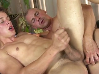 Hot young twink massage coupled with bareback