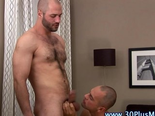 Muscly hard cock stud gets sucked not present