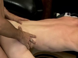 Bareback fond twink boyhood ass fucking and masturbating