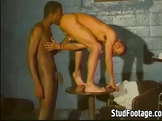 Hot interracial gay sex undertaking