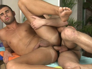 Gay gives wonderful oral be useful to horny dude