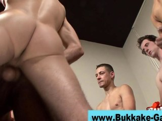 Jizz loads for a horny gay